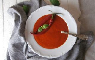 Zupa krem z pieczonych czerwonych papryk